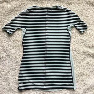 Lululemon tee shirt running striped sz 4 XS